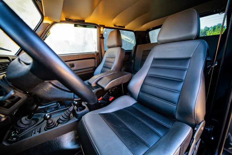 Turbolada Lada Niva 4x4 40 Anniversary Sitze